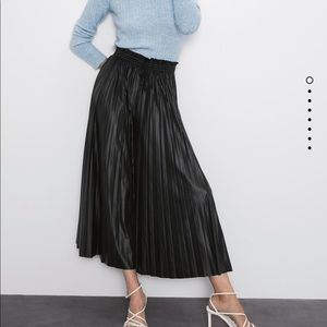 Zara faux leather pleated NWT